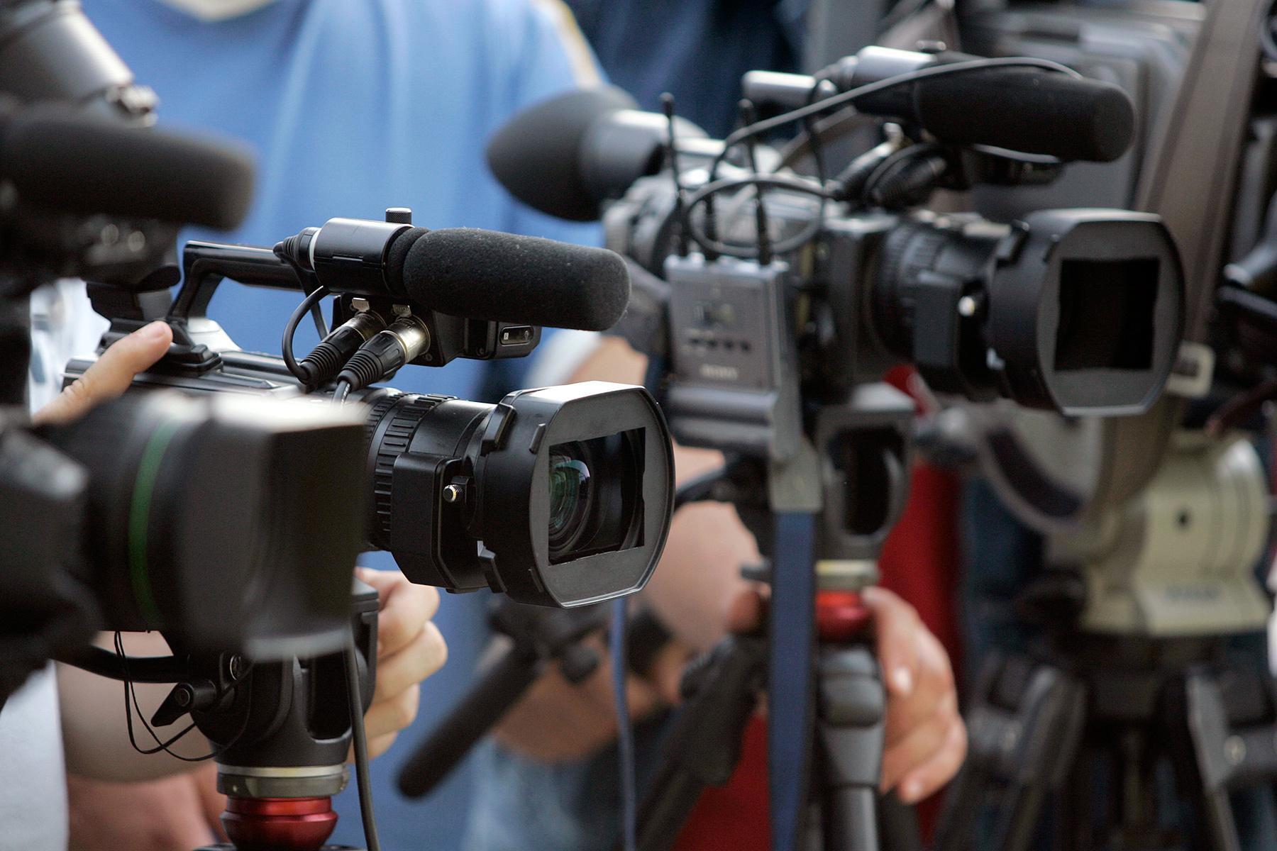 Liberté d'expression et vie privée : le difficile équilibre ...
